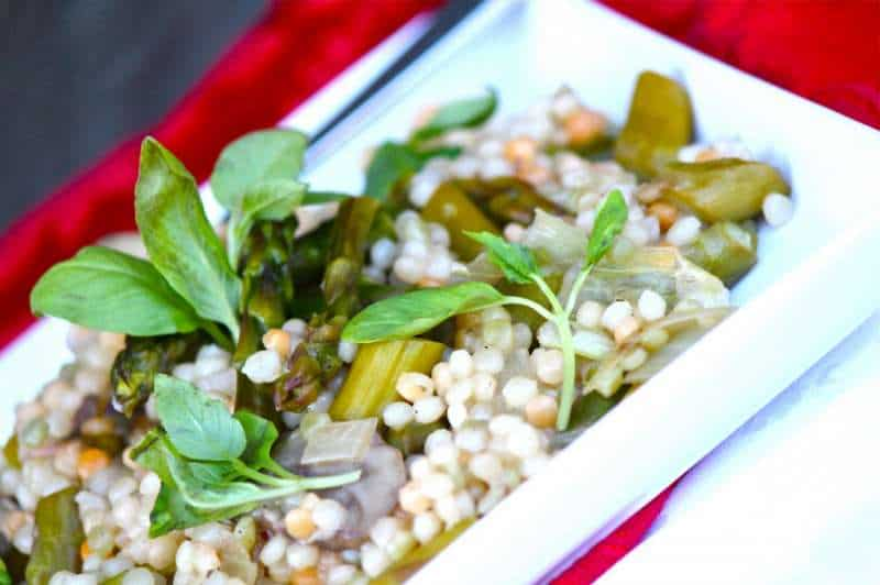 Pearl Couscous with Fresh Parsley, Mushrooms and Asparagus