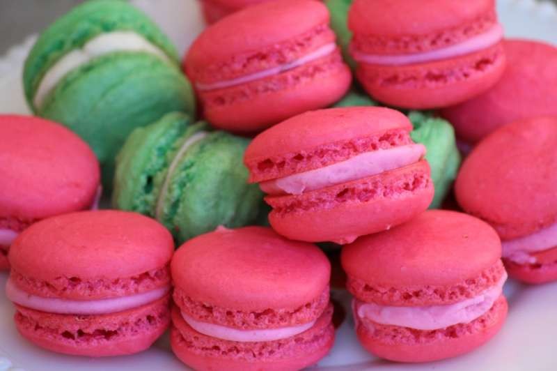 The Hawaiian French Macaron - The Seaside Baker