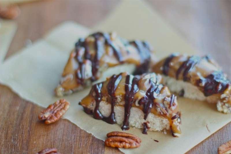 Gluten Free Caramel Pecan Shortbread Bars
