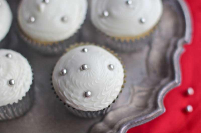 Winter Eggnog Cupcakes