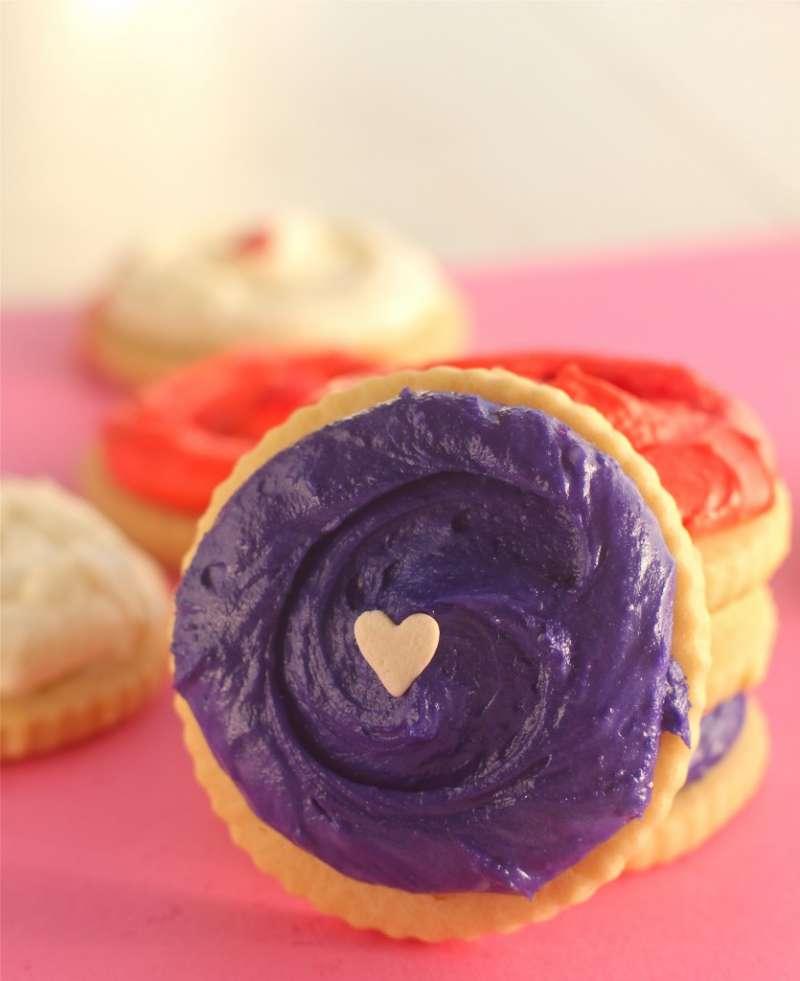 Tasty Vanilla Almond Sugar Cookies