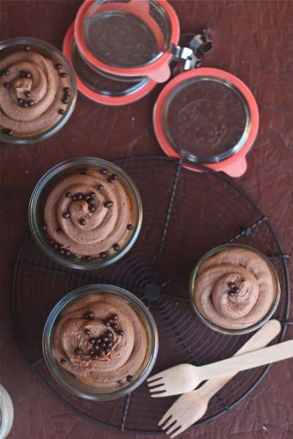 Fresh Vanilla Bean Mocha Cupcakes