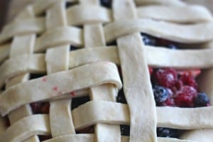 Apple Rhubarb Berry Pie
