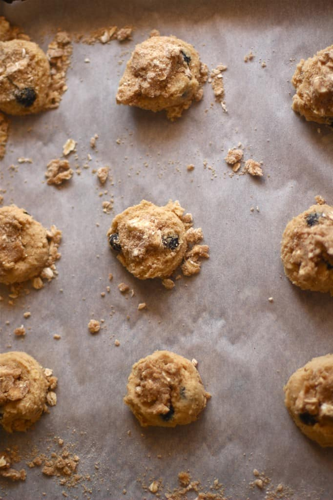 blueberry crumble cookie dough