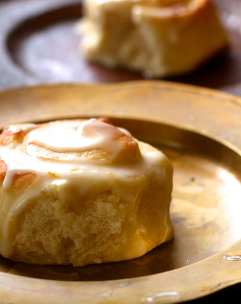 Zesty Lemon Sweet Rolls