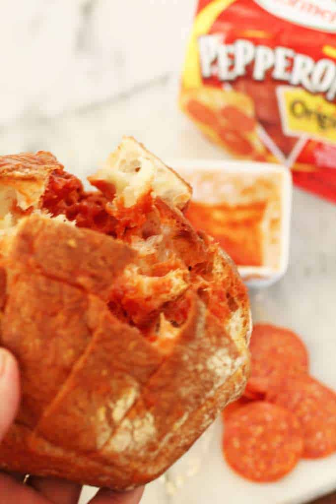 Cheesy Pepperoni Pull-a-part Bread