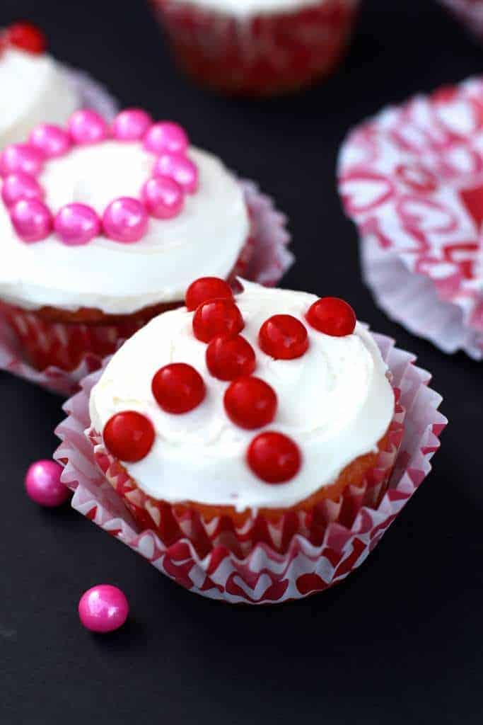 XO cupcakes