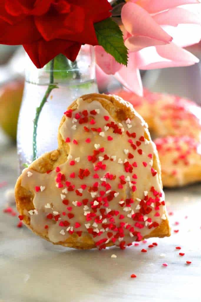 heart apple pies