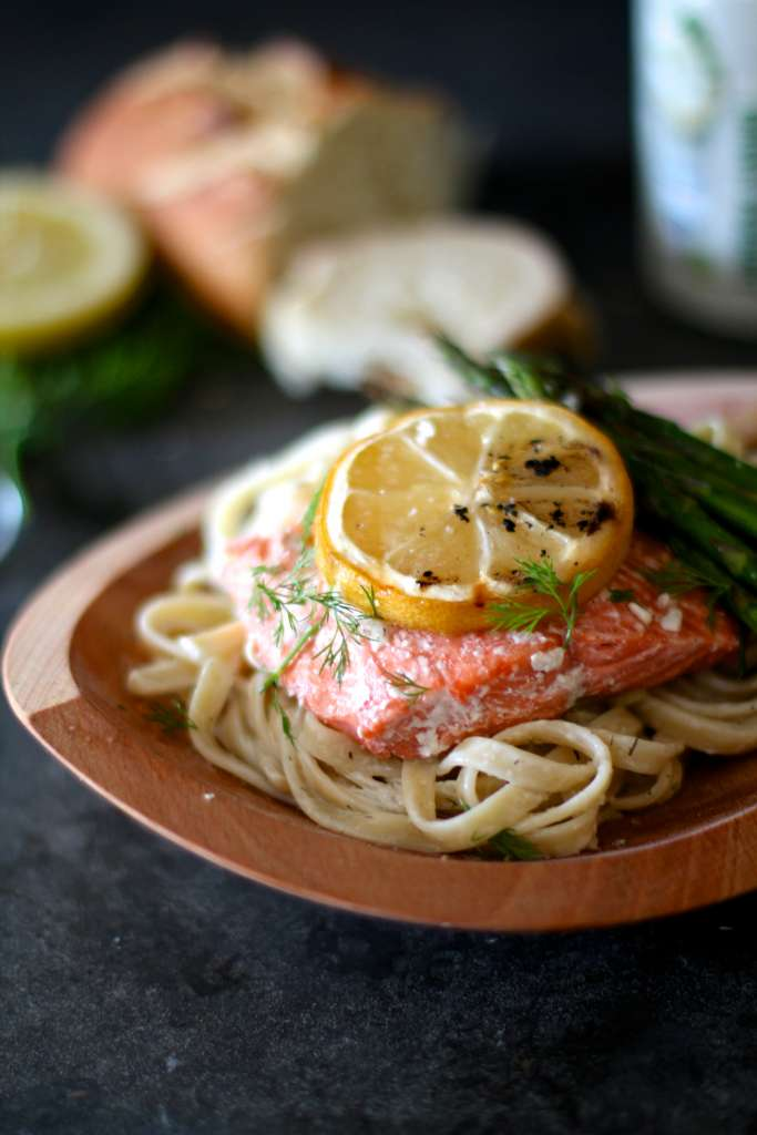 greek salmon pasta
