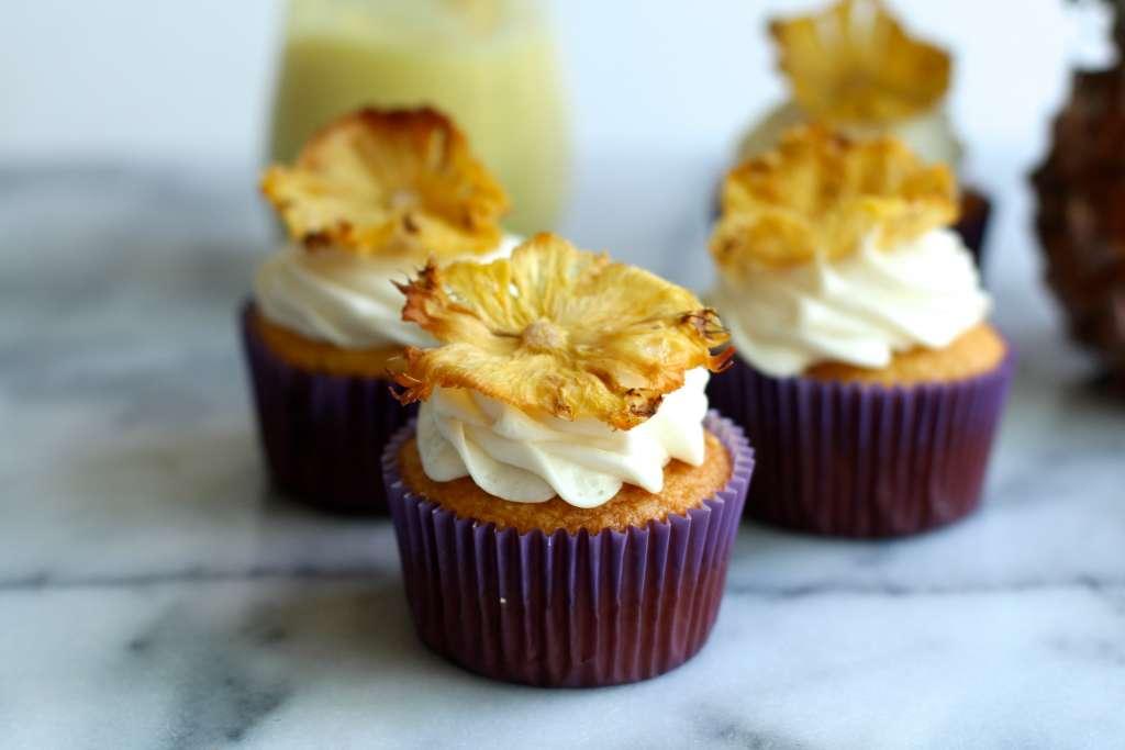 Pineapple Curd Cupcakes