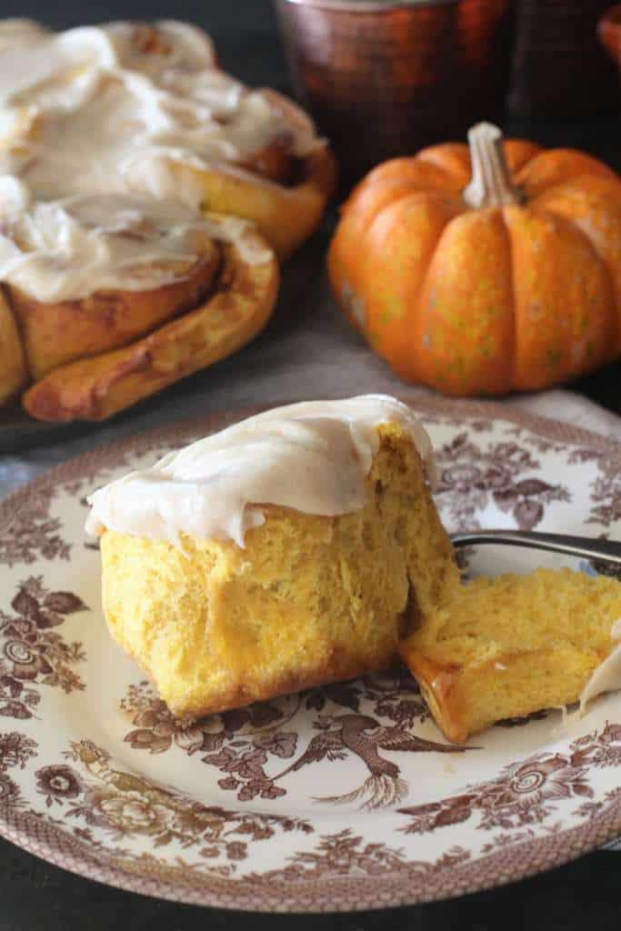 Mmmm Homemade Pumpkin Cinnamon Rolls