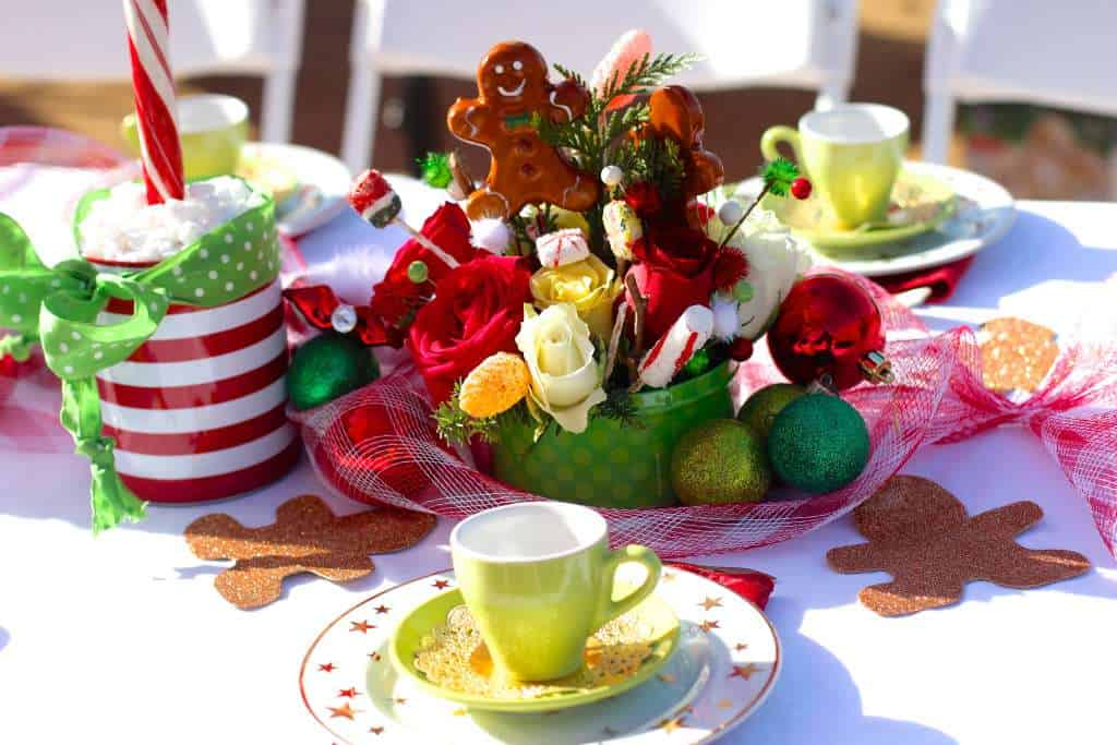Christmas Gingerbread House Decorating Tea Party