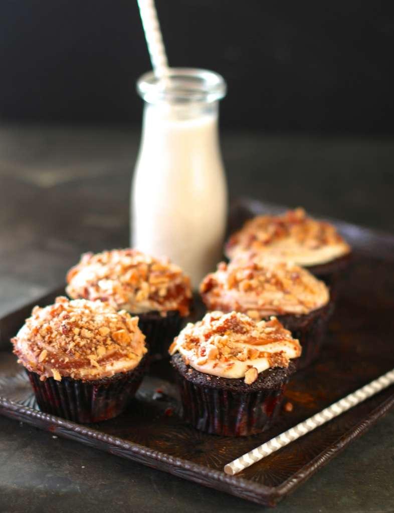 Vegan Cupcakes with Ganache Swirled Buttercream (vegan)