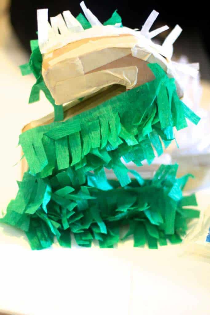 Making Mini Piñatas