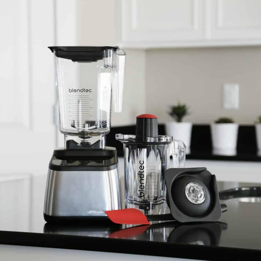 Blendtec® Blender Designer 725 and Twister™ Jar