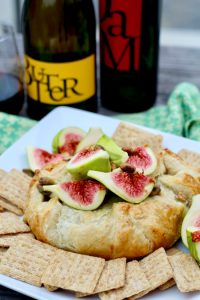 Fig Baked Brie in Puff Pastry