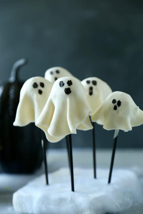 Ghost Donut Holes-4 No Bake Halloween Treats