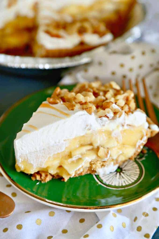 Cinnamon Banana Cream Pie