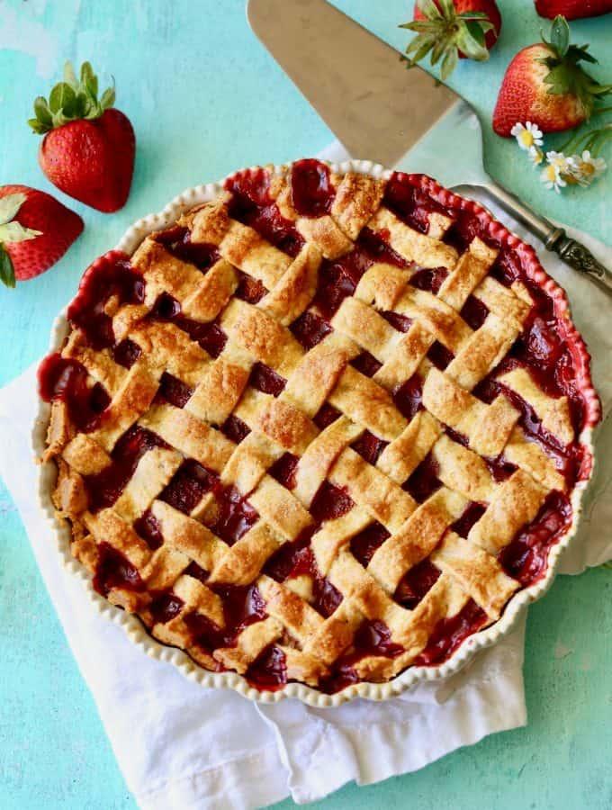 Strawberry Rhubarb Lattice Pie-5