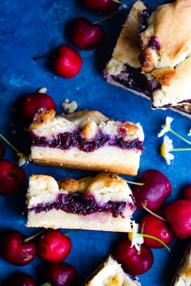cherry filling in pie bars