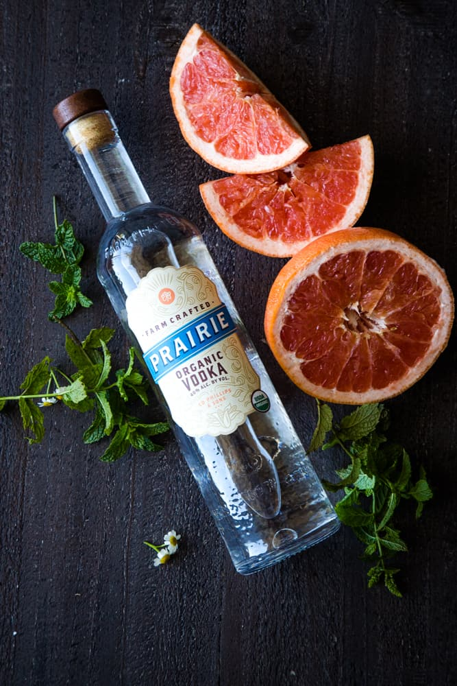 ingredients for mint grapefruit vodka cocktail