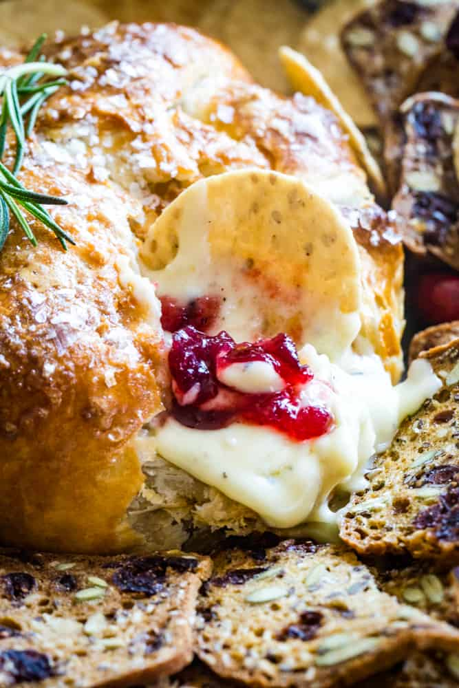 cranberry baked brie with cracker