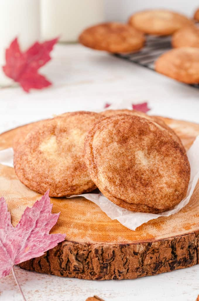wood cookie plate with maple snickerdoodles