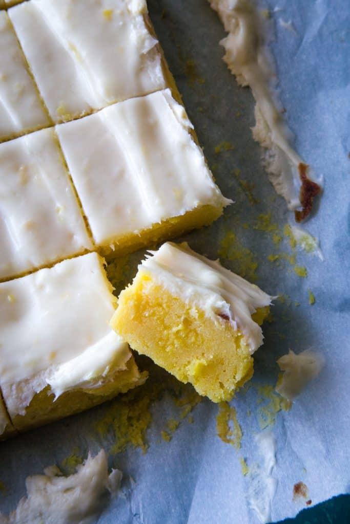 lemon brownies cut