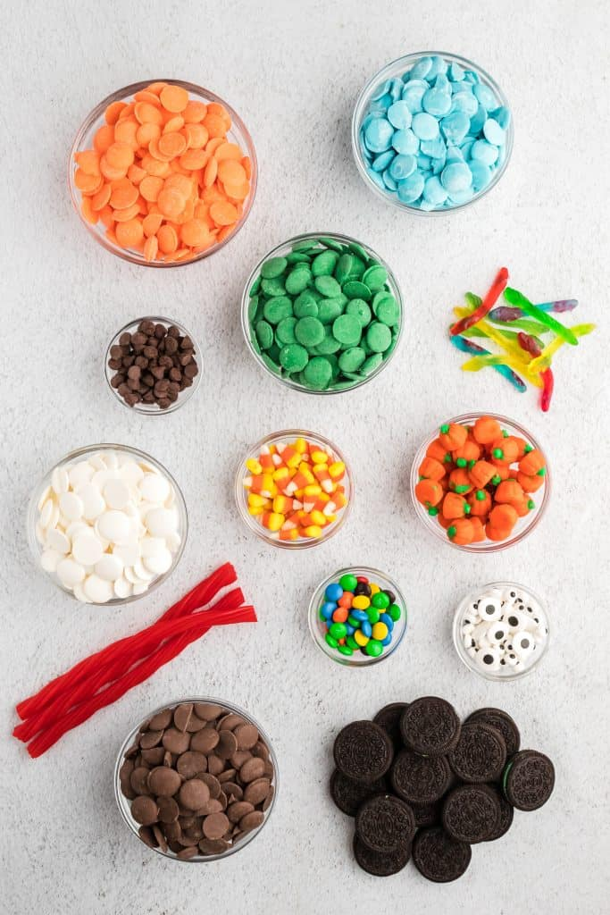 topping ingredients for halloween dipped mint Oreos