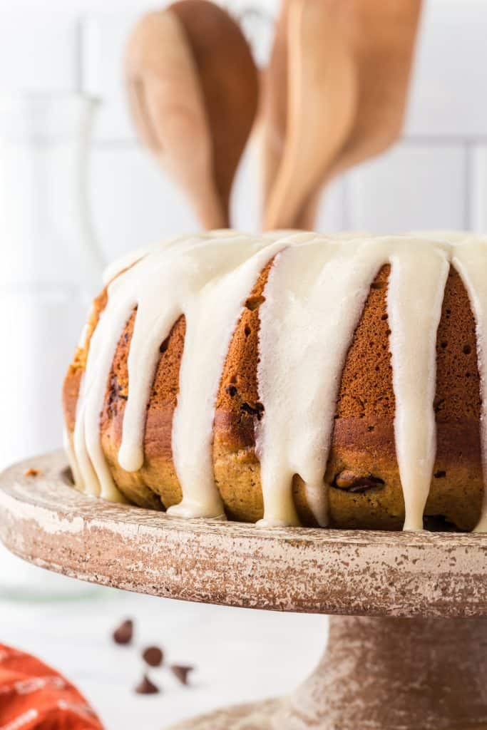 cream cheese frosting on the bundt cake