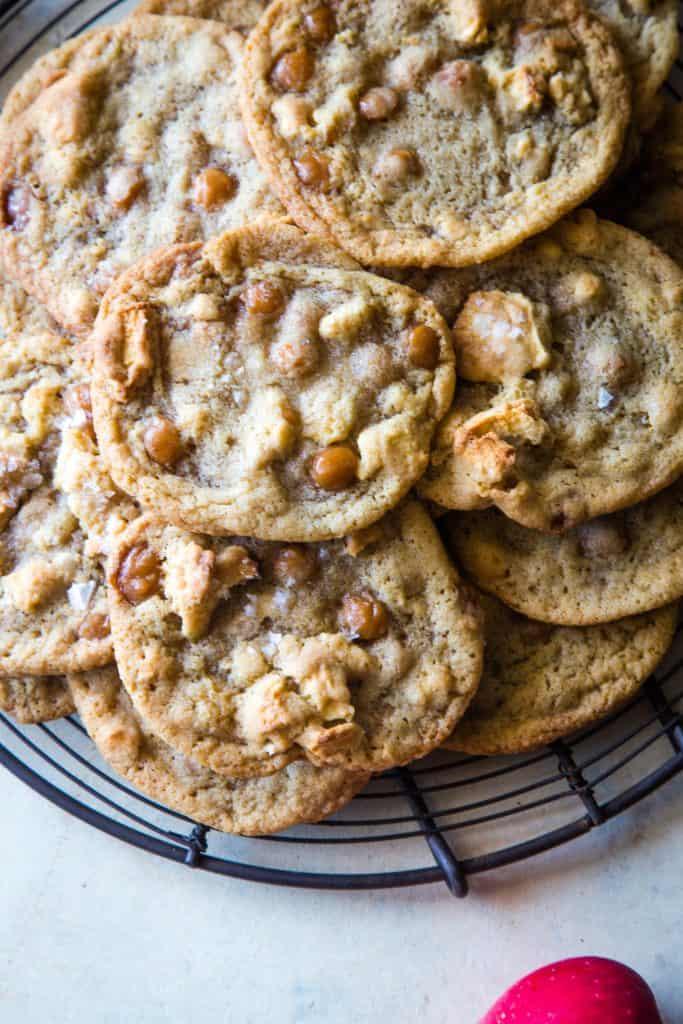 metal cooling rack of caramel apple cookies